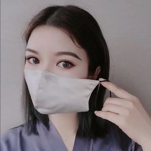 Accessories - Washable Pure Silk face Cover Mask with 7 Filters